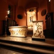 Bielsk Podlaski Parafia Matki Bożej z Góry Karmel posadzki Carrara, Indian Black