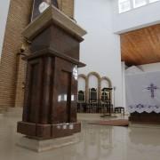 Czarna Białostocka, Parafia PW. Jezusa Miłosiernego, Multicolor Red, Jura, Crema Marfil